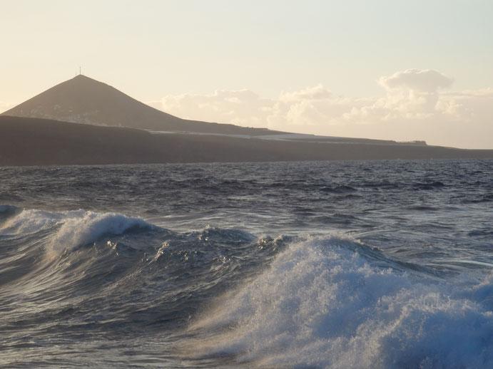 Hypnosetherapie bei Depression: Damit deine Gefühle wieder in Bewegung kommen, wie die Wellen des Meeres