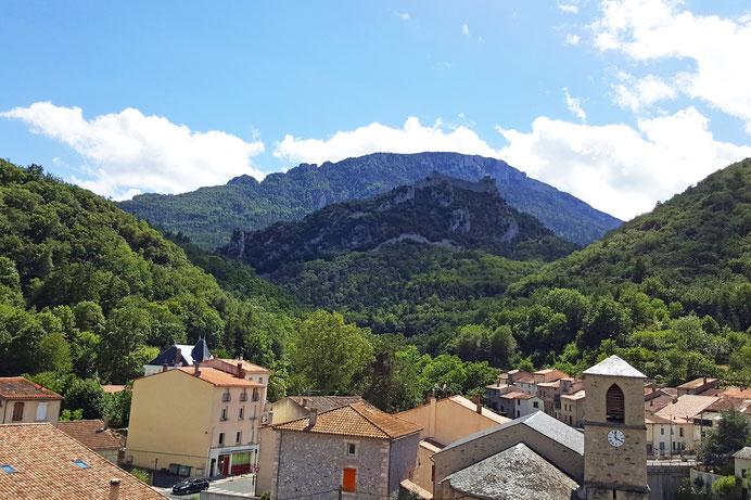 Village de Lapradelle-Puilaurens et son château