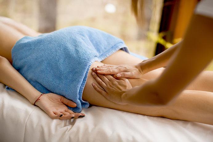 Mit dieser Cellulite Massage bekämpfen wir die lästige Orangenhaut