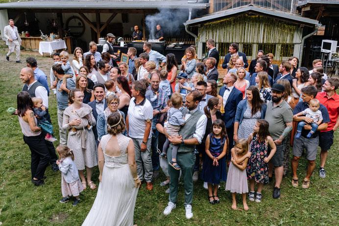 Altmark Hochzeit, Thomas Sasse, Hochzeitskleid, Hochzeitsfotograf Magdeburg, Stendal, Roexe, Schlosshotel Tangermuende, Elbe, Stephanskirche