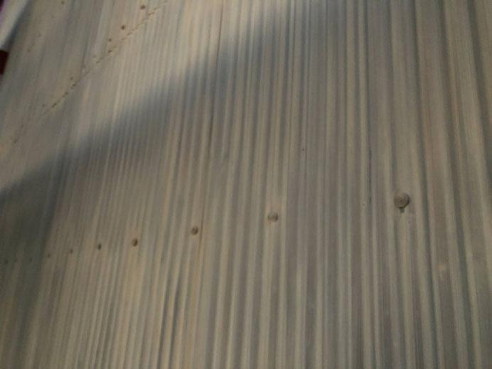 上石津町、大垣市、平田町、南濃町、海津町、養老町、輪之内町で外壁塗装工事中の外壁塗装工事専門店。上石津町上原で外壁塗装工事/ケレン作業中