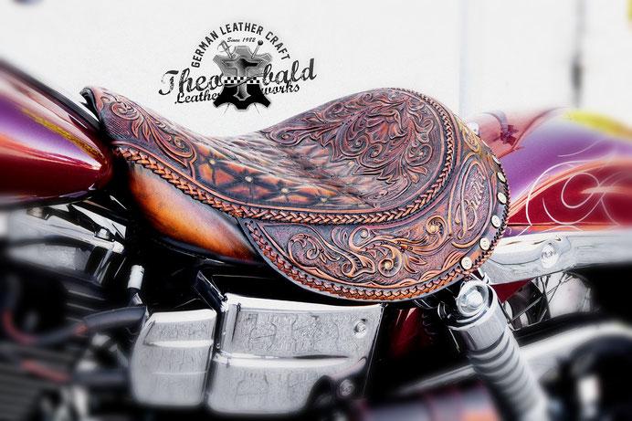wir sind spezialisiert auf die Modifizierung und Umgestaltung originaler www.Harley-Davidson.com Sitzbänken