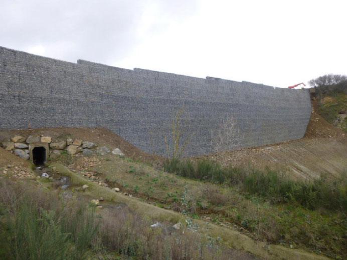 Soutènement en gabions - rocade Briochine à Saint Brieuc