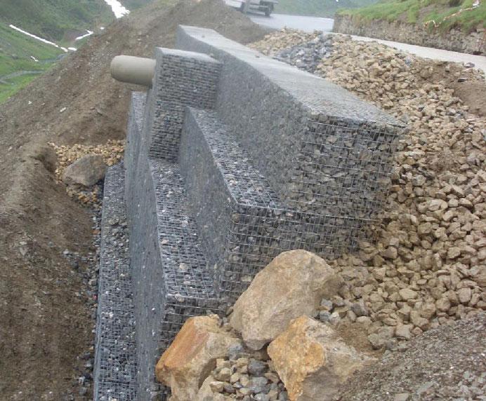 Soutènement et mur poids en gabions