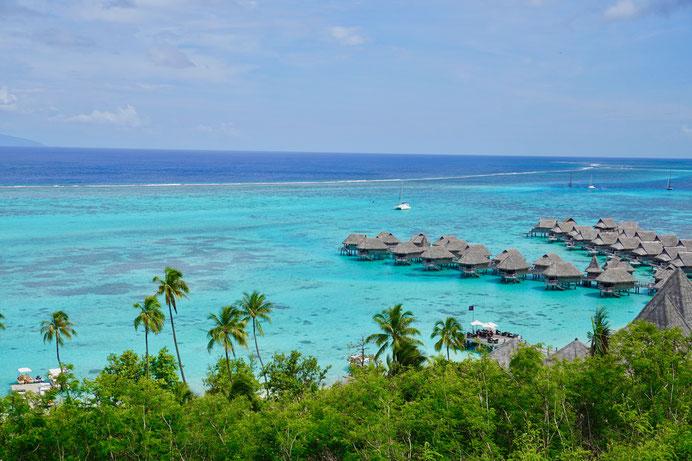 Wasserbungalows, Moorea, Polynesien