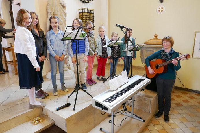 Kinderchor am 2. April 2017 unter Leitung von Claudia Schneider
