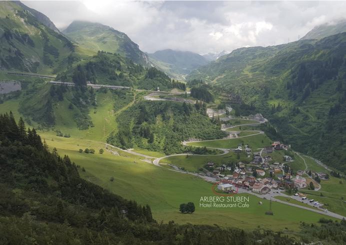 Motorradfahrer Biker am Arlberg in Stuben Flexenpass