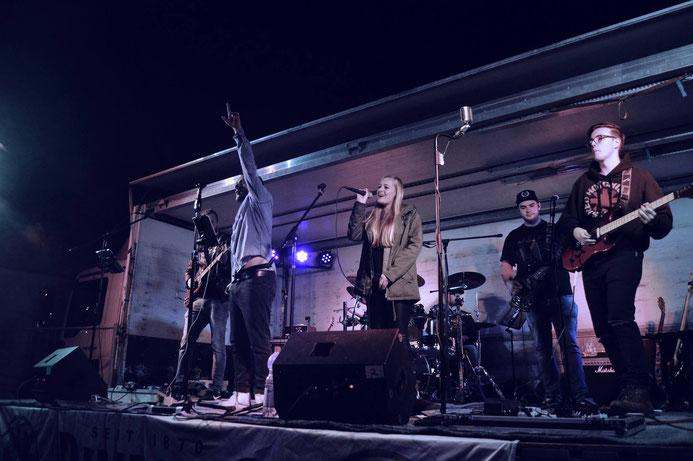 Holy Smoke Rock Coverband Kirmes Salmünster 2018. Partyband und Hochzeitsband in Hessen.