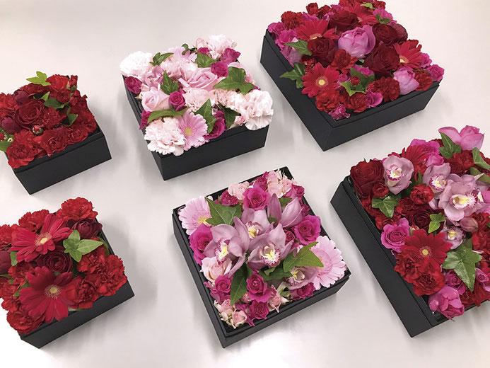 つくられたばかりの箱花