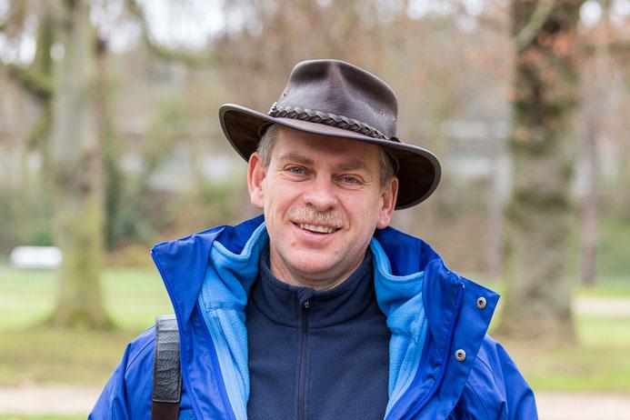 Jens Woitol hat die vogelkundliche Exkursion geleitet (Foto: Andreas Sebald)