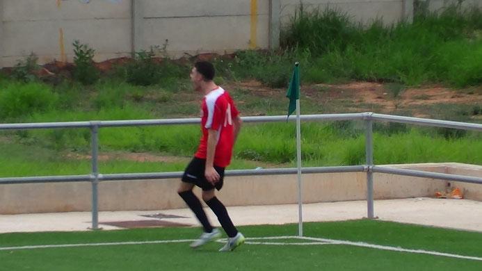 ROMAN CELEBRANDO EL 0-1 EN LA PELOSA DE MONCADA