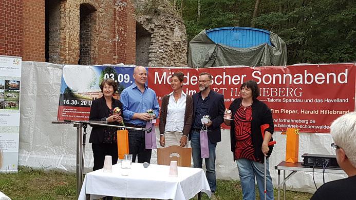 (von links nach rechts: Maryanne Becker, Tim Pieper, Nicola Menzel, Dirk Lausch, Astrid Ann Jabusch)