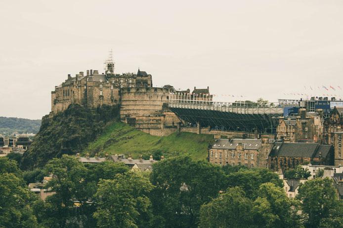 Edinburgh Scotland ofpenguinsandelephants of penguins and elephants Edinburgh Castle view