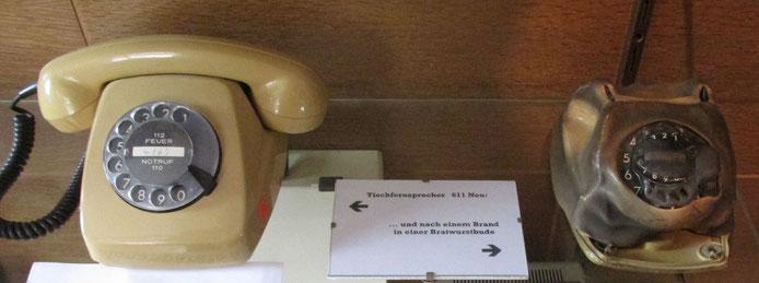 Auch soetwas gibt es zu sehen. Nach einem Brand in einer Bratwurstbude, sah das Telefon am Ende so aus.