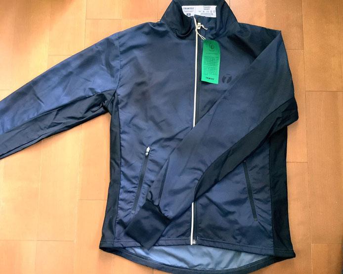 Steel blue, blackの絞りあるデザインのジャケット