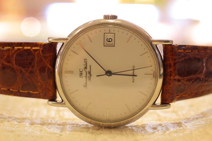 4f2de41ec0 素人さんに腕時計修理を任せた結果 アレが止まらない事態に【IWCとオメガ ...