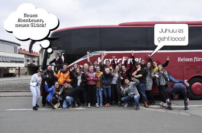Antritt der Reise mit dem Bus