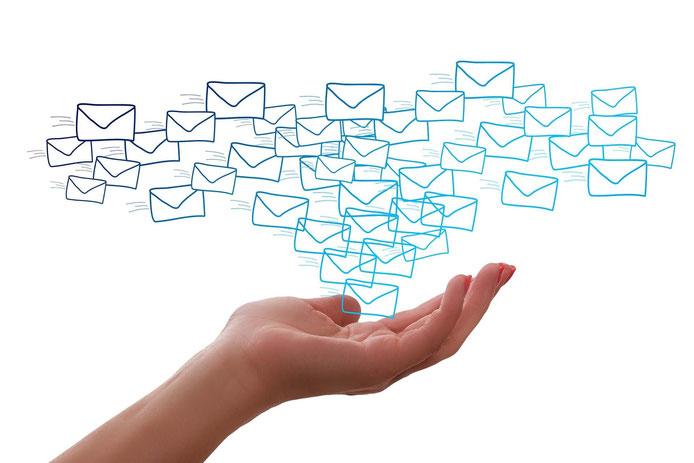 main enveloppe mail
