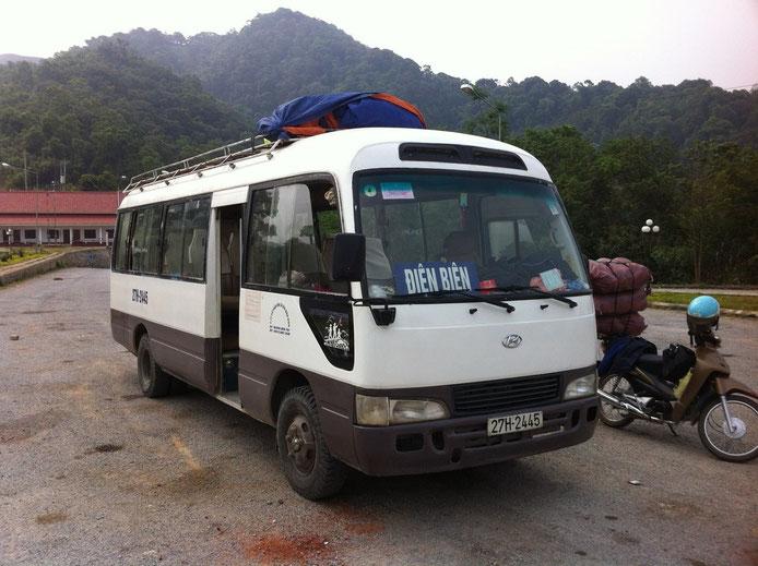 Microbus de Muang Khua a Dien Bien Phú  (Foto de Iphone)