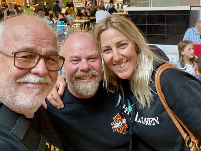 Erstes Treffen mit Martin (Marty) und Roslyn (Ros) Maindok
