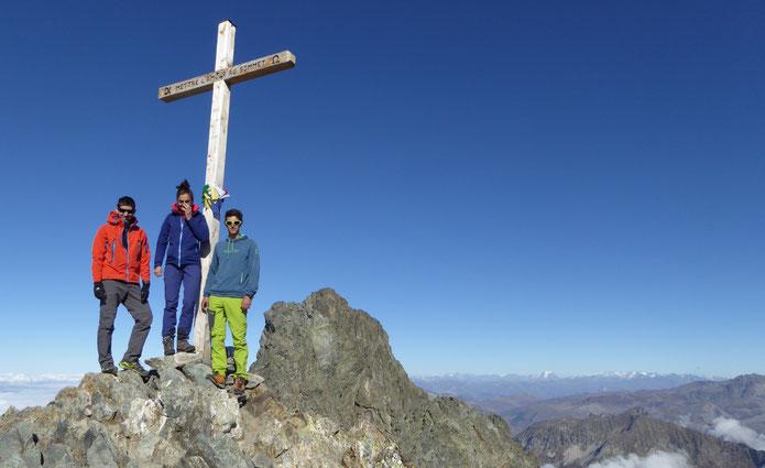Baptiste, Lise et moi au sommet de la Croix de Belledonne