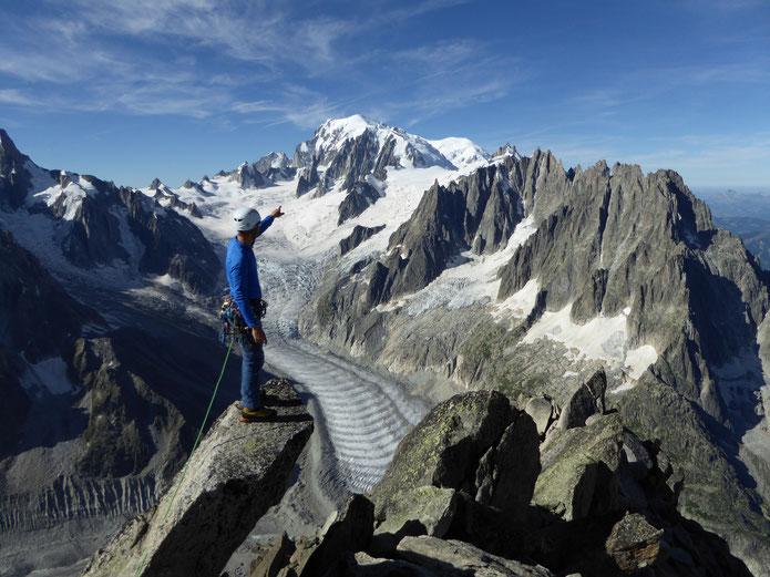 la magnifique vue du sommet