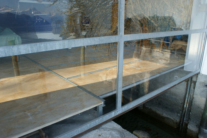 geschlossenes Bodentor - Detail
