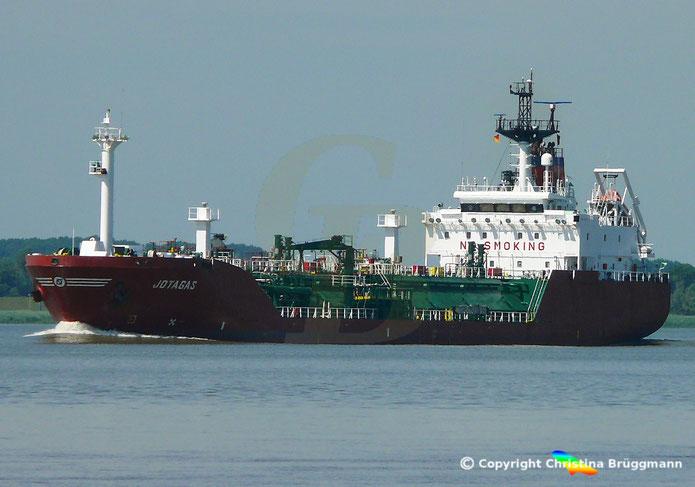 LNG Tanker JOTAGAS, Elbe 08.06.2018