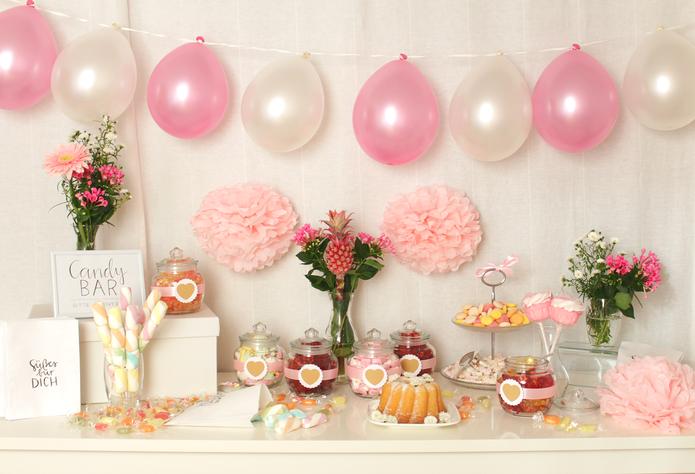 Candy Bar selber machen Tipps und Tricks Bonbongläser Etagere Süßigkeiten Candy Bar Set Geburtstag