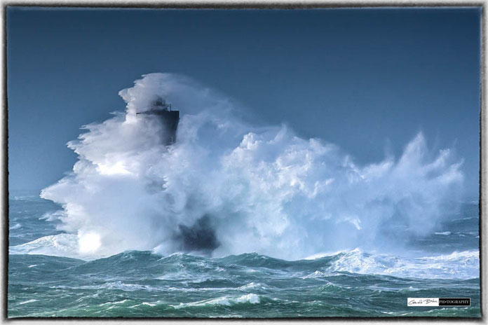Tempete en bretagne, phare du Four