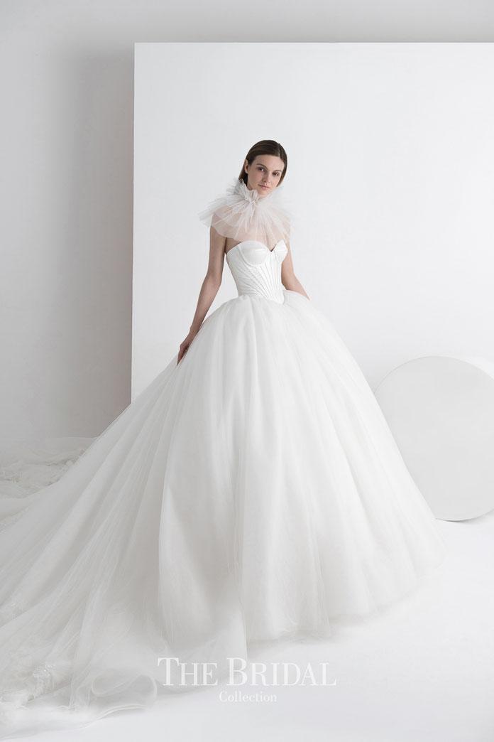 The Atelier Couture by Professor Jimmy Choo exklusiv für Audrey Wedding Salon Brautmode Köln, TW18-117