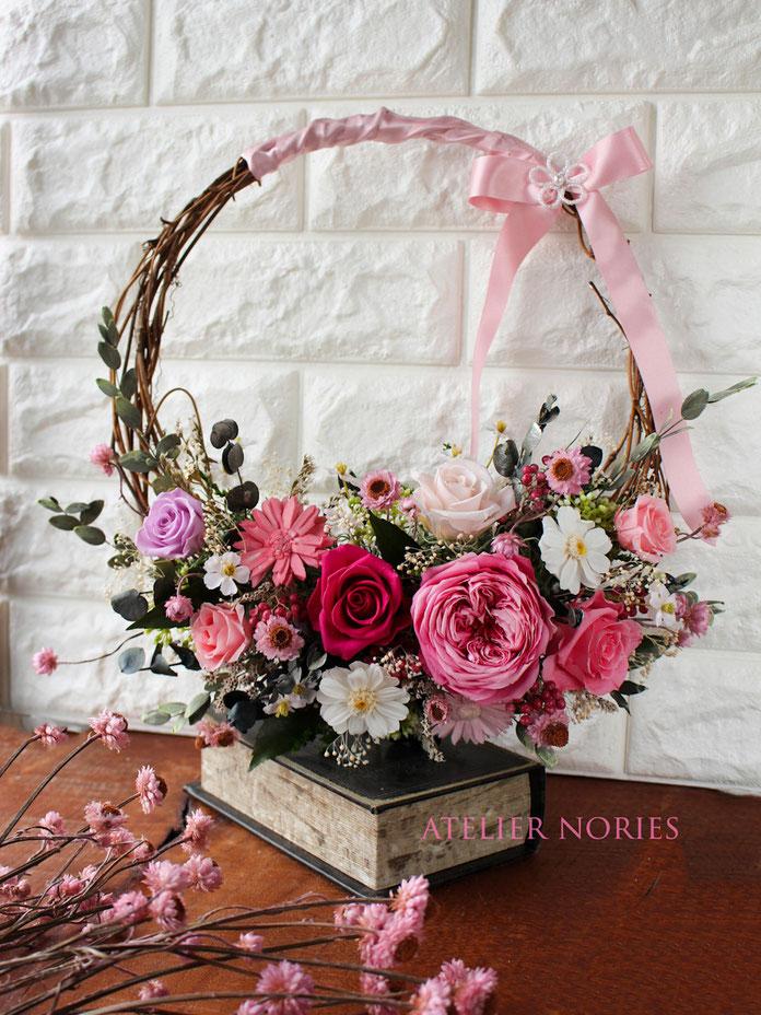 四季のリース物語 「早春・ピンクのリースブーケ」