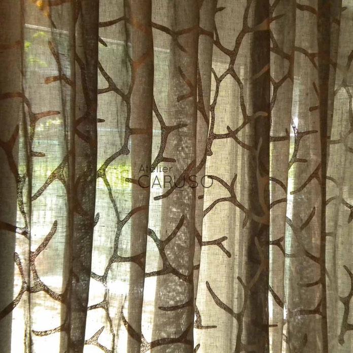 Tende moderne atelier tessuti arredamento tende tendaggi for Colori moderni per interni