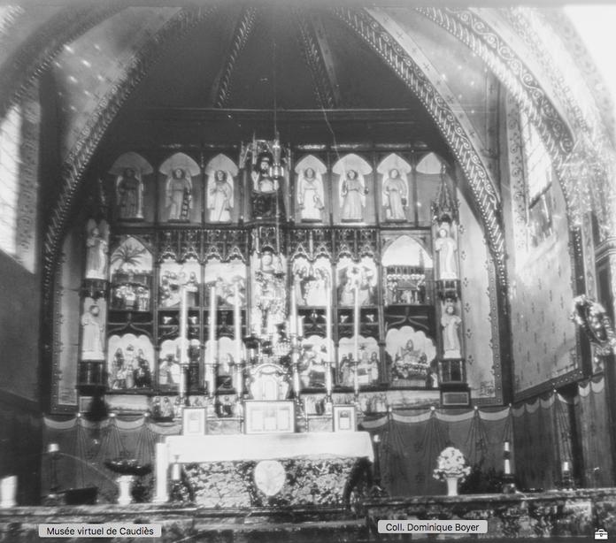 Photo du retable datant du début du XXe siècle