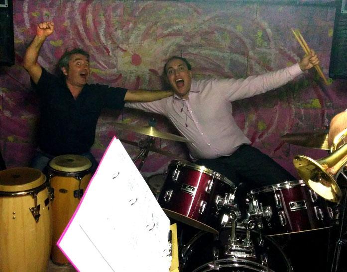 """""""25 Crazy River"""" ! (Patrick aux percussions et Charles, premier batteur du groupe)"""
