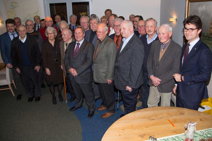 Hans-Otto Boie im Kreise der Jubilare mit Mark Helfrich (MdB), Heiner Rickers und Hans-Jörn Arp.