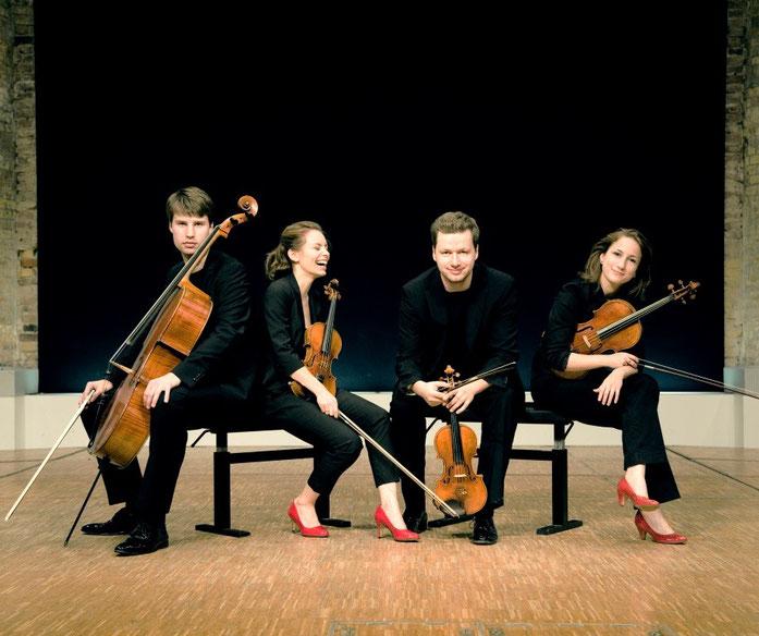 Das Armida Quartett mit von links: Peter-Philip Steammler, Johanna Staemmler, Martin Funda und Teresa Schwamm.
