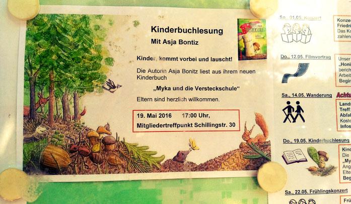 """Lesung aus """"Myka und die Versteckschule"""" in der WG Solidarität"""