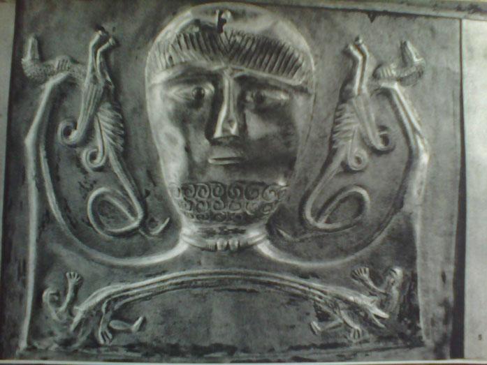 La légende du temps spirituel ou l'humain est partagé entre ses deux côtés complémentaires primaires, les deux dragons, deux visions des choses. C'est comme ça que commence le temps. Les deux dragons sont situés dans l'Albio, le monde du haut, céleste. Ce qui veut dire qu'il existait un seul dragon céleste au début des temps: l'harmonie.
