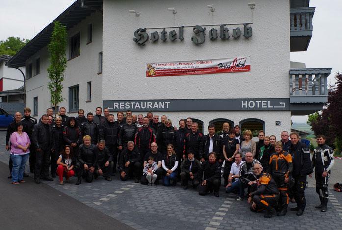 """2015 - vor dem """"Hotel Jakob"""" in Groß-Umstadt"""