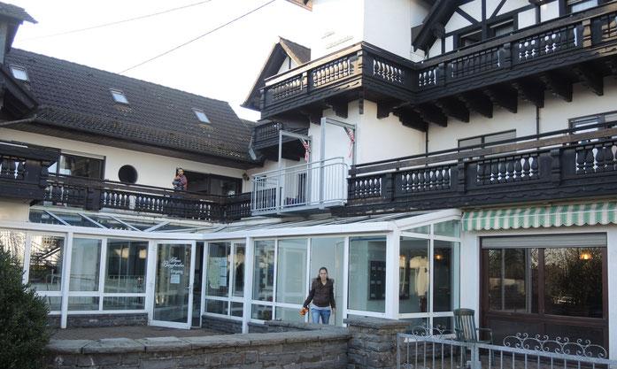 Ehemaliges Altenheim Bergfrieden mit neuer Bestimmung. Vorläufiger Ruhepunkt nach aufregender Flucht. (Bild: ks)