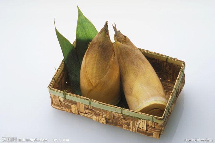 «Bamboo Shoot» par Su Baozi — http://www.nipic.com/show/3736462.html. Sous licence CC BY-SA 4.0 via Wikimedia Commons - https://commons.wikimedia.org/wiki/File:Bamboo_Shoot.jpg#/media/File:Bamboo_Shoot.jpg