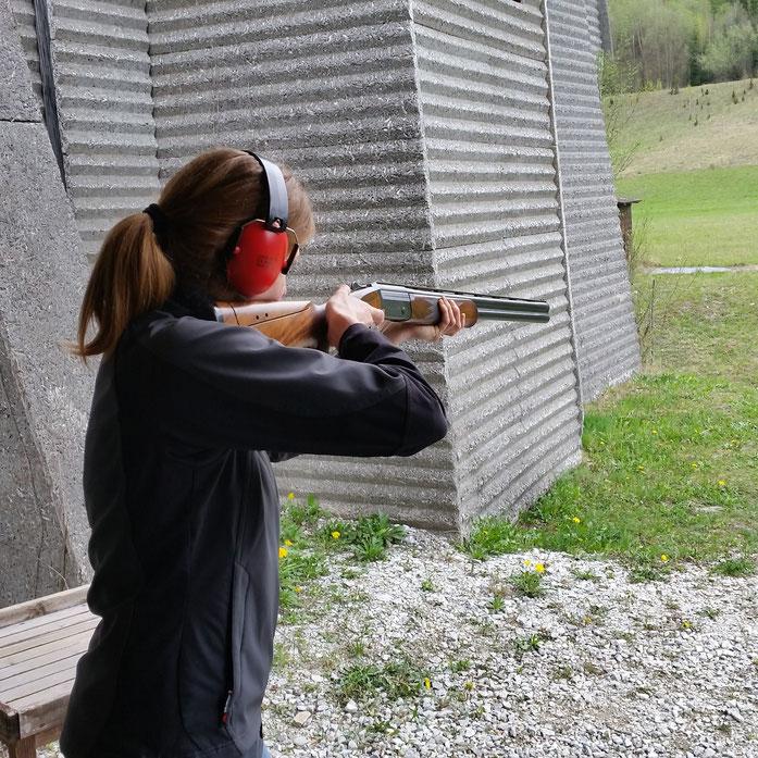 Schießtraining mit der Flinte von der Jagdschule St. Hubertus