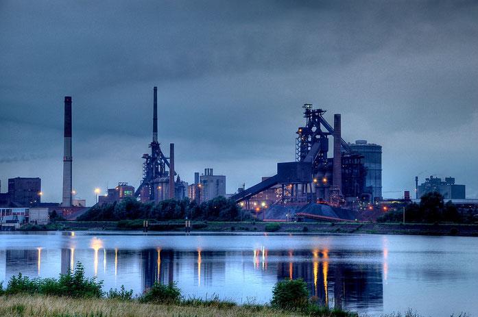 Stahlwerk Weser; Mitarbeiterobservation Bremen, Detektei Bremen, Wirtschaftsdetektiv Bremen