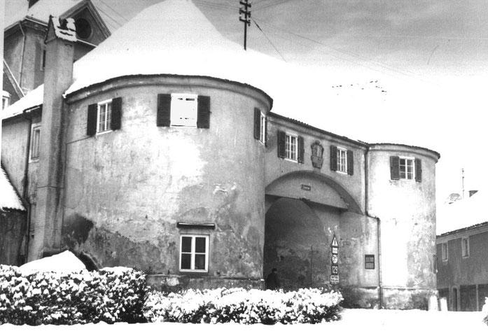 So sah das Tor im Winter 1954 aus