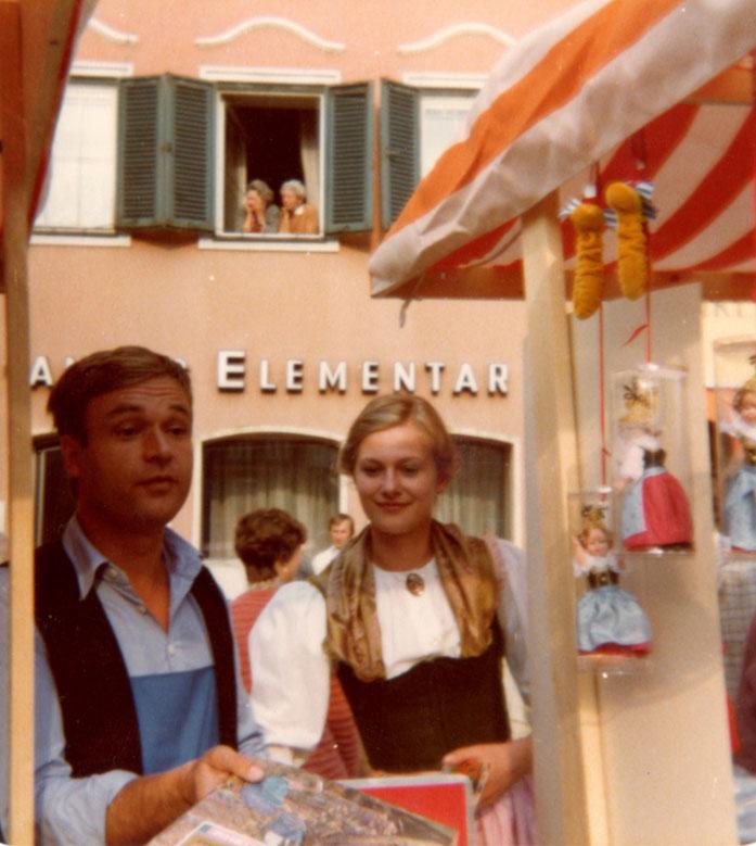 Die jungen Geschäftsleute Gabriele und Frank Herrmann am Innviertler Jahrmarkt