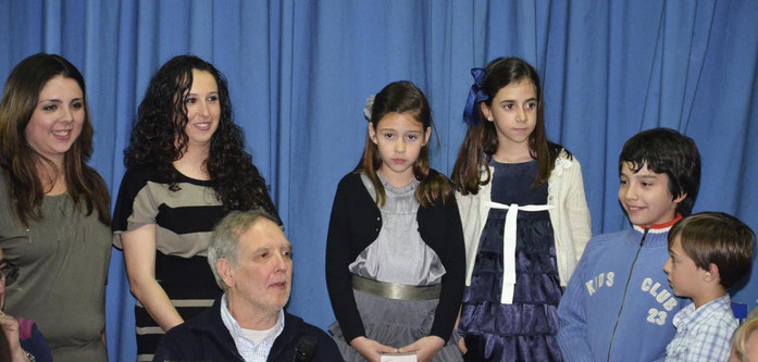 De izquierda a derecha, Paloma (FM2013), Saray (FM2014), Aquilino (Presidente), María (FMI2014), Alba (FMI2013), José (PI2014) y Hugo (PI2013)