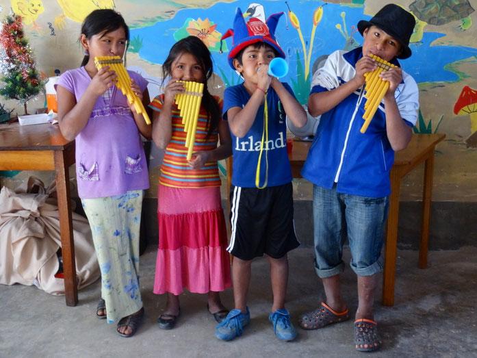 Atelier des enfants en janvier 2015 pendant le séjour d'Inès - (c) Photo Inès