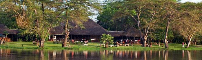 das Ziwani Camp auf der Safari Kenia