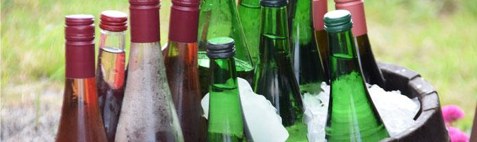 Gekühlte Weinflaschen
